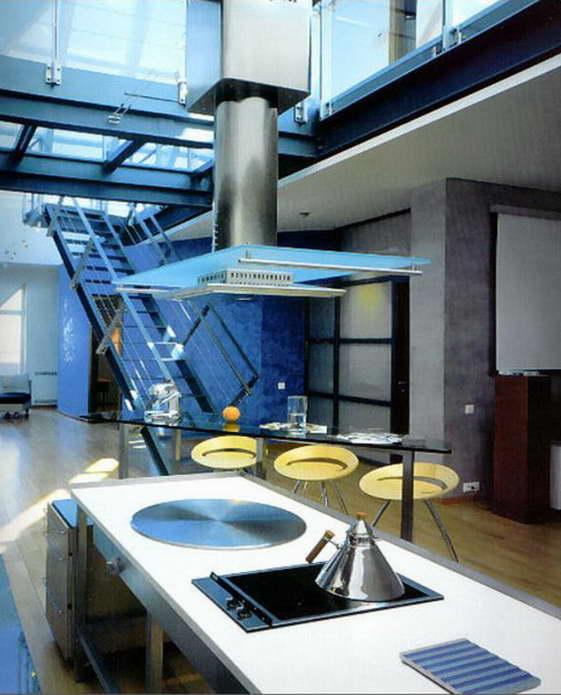 """Дизайн кухни-столовой в стиле """"высоких технологий"""""""